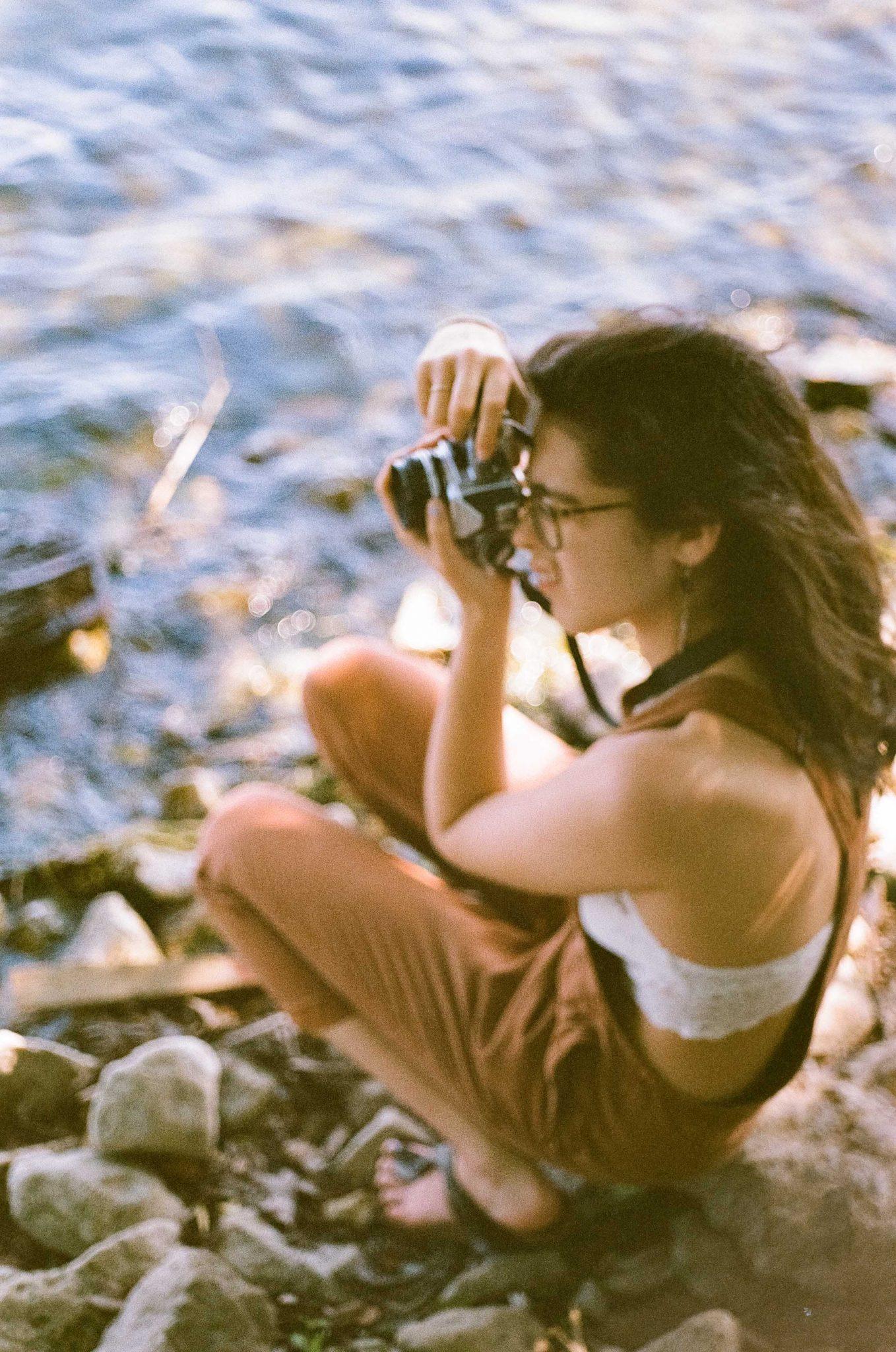 Nikon FE + 50mm F/2 + Fujifilm Superia 400