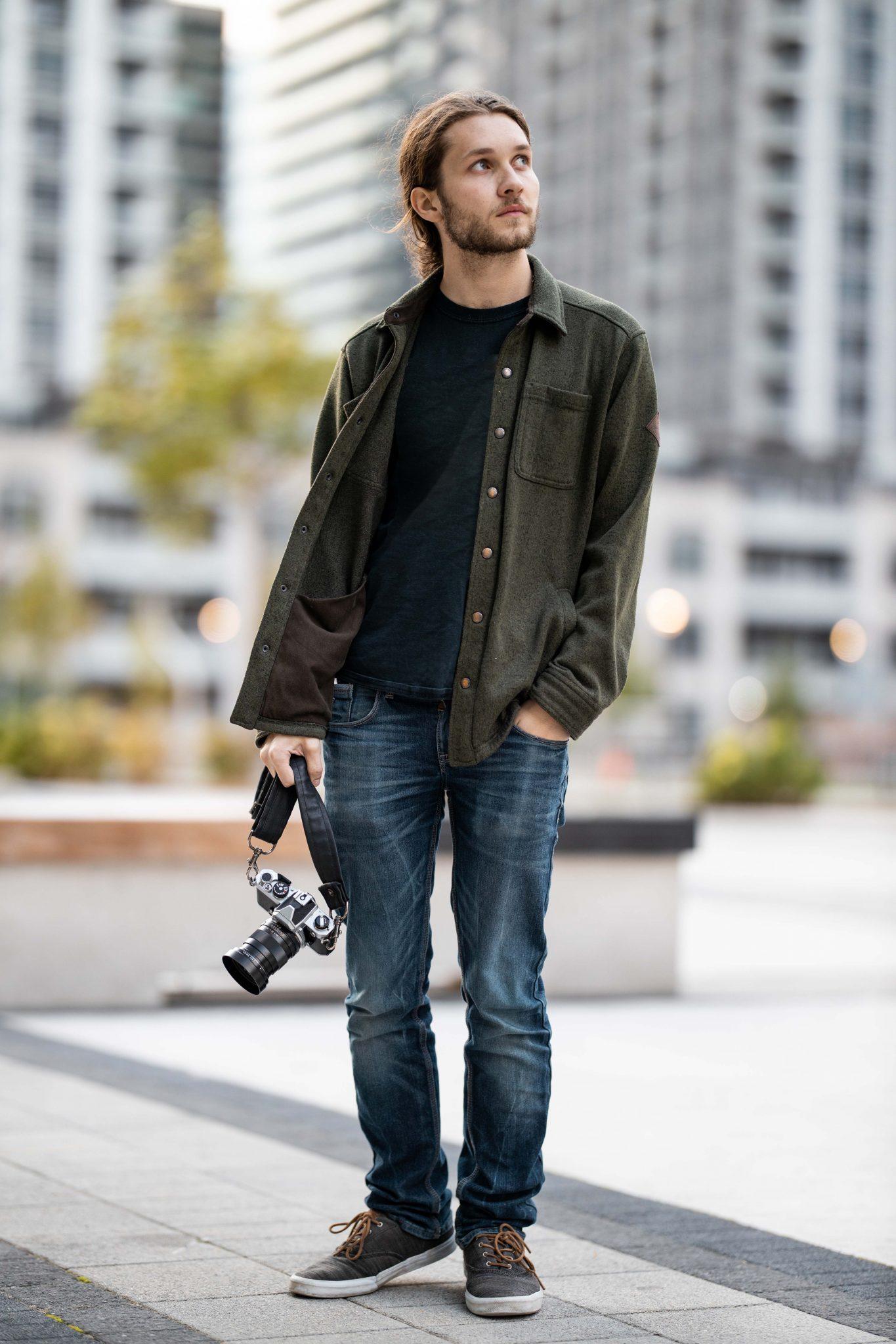 Canon EOS R + 85mm f/1.2L